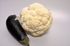 Un sistema de verduras - col, calabacín, berenjena Imagen de archivo