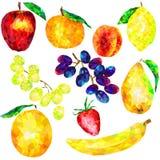 Un sistema grande de triángulos de la fruta en un fondo blanco Fotos de archivo libres de regalías