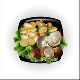 Un sistema para una cena, patatas con las setas Foto de archivo libre de regalías