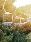 Un skyride con el fondo de la naturaleza Imagen de archivo libre de regalías
