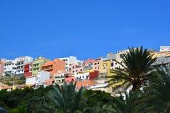 Un sobborgo in San Sebastian de La Gomera immagini stock libere da diritti