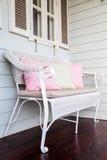 Un sofá en terraza Foto de archivo