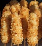 Perros de maíz grandes en los palillos Imagen de archivo libre de regalías
