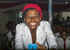 Un sourire sincère et d'éblouissement Images stock