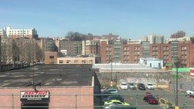 Un souterrain élevé dans le Bronx banque de vidéos