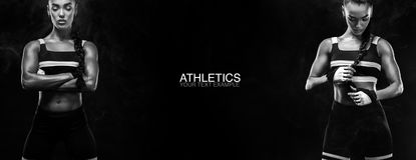 Un sprinter sportif et féminin fort, courant au lever de soleil portant dans le concept de motivation de vêtements de sport, de f photos libres de droits