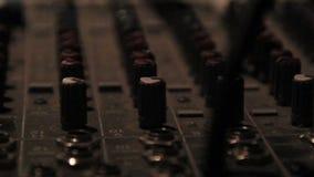 Un studio d'enregistrement Insrument pour le disque Jokeys banque de vidéos