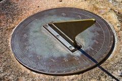 Un sundial orizzontale Fotografia Stock