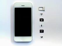 Un téléphone intelligent blanc, un bac à cartes de sim et un petit papier simulés As Photos libres de droits