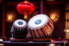 Un tabla ethnique d'instruments de musique photo stock