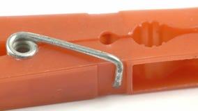 Un tagliatore arancio del panno archivi video