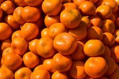 Un tas des oranges photographie stock libre de droits