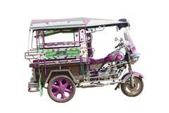 Un taxi de tres ruedas aislado Imagen de archivo libre de regalías