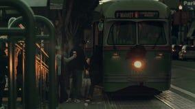 Un teleférico en San Francisco almacen de video