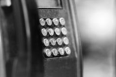 Un telefono pubblico con i bottoni immagine stock libera da diritti