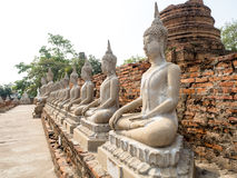 Un temple antique c'est une destination de touristes populaire en Thaïlande Photos stock