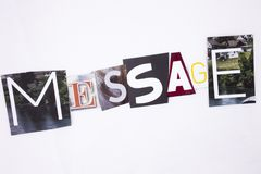 Un texte d'écriture de mot montrant le concept du message fait en lettre différente de journal de magazine pour le concept d'affa Photos libres de droits