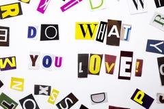 Un texte d'écriture de mot montrant le concept de font ce que vous aimez pour vous avez fait de la lettre différente de journal d Image libre de droits