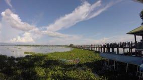 Un time lapse de la tarde en el puente de U Bein almacen de metraje de vídeo