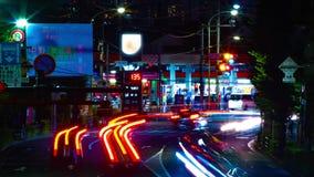 Un timelapse de la rue du centre à l'avenue d'Oume dans la longue exposition de Tokyo banque de vidéos