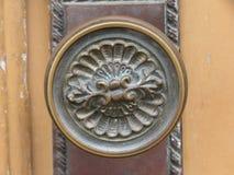 Un tirador de puerta - vintage retro Imágenes de archivo libres de regalías