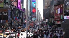 Un tiro estático del Times Square almacen de metraje de vídeo