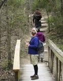 Un trío de caminantes en Cedar Ridge Preserve Fotografía de archivo libre de regalías