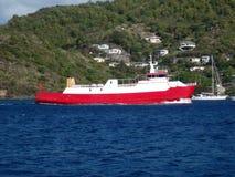 Un traghetto dell'isola che arriva a Port Elizabeth, Bequia Fotografia Stock Libera da Diritti