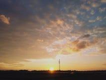 Un tramonto del villaggio! fotografia stock libera da diritti