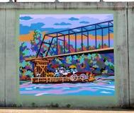Un transbordador de la barca que cuece al vapor abajo del mural del río en James Road en Memphis, Tennessee Fotografía de archivo libre de regalías