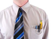 Un travailleur avec un protecteur de poche d'isolement sur le blanc Photos stock