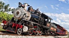 Un tren está viniendo Foto de archivo
