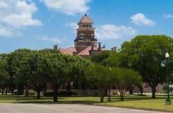 Un tribunale romanico di stile in Gonzales Texas Fotografia Stock Libera da Diritti