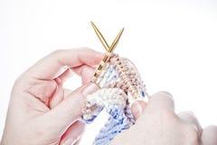 Un tricotage de femme Photo libre de droits