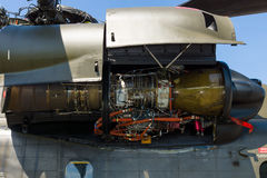 Un turbomoteur General Electric T64-GE-413 d'un étalon gros porteur de mer de Sikorsky CH-53 d'hélicoptère de transport de fret Photos libres de droits
