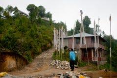 Un turista alla cima della collina di Rishap Immagini Stock Libere da Diritti
