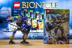 Un universo del juguete del carácter de Lego Bionicle - Onua, Uniter de la tierra Fotos de archivo