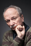 Un uomo anziano Fotografie Stock Libere da Diritti