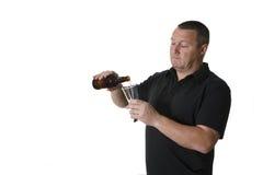 Un uomo con birra Immagine Stock