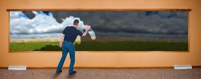 Insegna di pulizie di primavera, uomo che lava Windows Immagine Stock