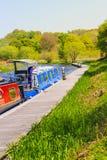 Un uomo nella barca ad avanti & in Clyde Canal, Kilsyth in Scozia, Regno Unito 11 05 2017 Fotografia Stock Libera da Diritti