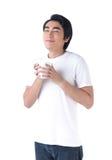 Un uomo soddisfatto dell'odore del caffè Immagini Stock Libere da Diritti