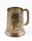 Un vecchio boccale con coperchio d'argento della birra Fotografie Stock