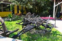 Un vecchio carretto dei contadini locali la zona circostante di Siem Reap cambodia immagine stock libera da diritti
