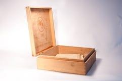 Un vecchio contenitore di sigaro Fotografia Stock Libera da Diritti