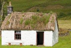 Un vecchio cottage scozzese dei crofters Immagine Stock Libera da Diritti