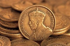 Vecchia moneta d'argento immagini stock
