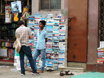 Un vendedor de libro de la calle Imagen de archivo