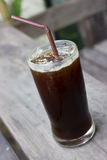 Un verre de café glacé noir Photos libres de droits