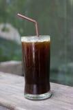 Un verre de café glacé noir Photo libre de droits